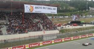La course Shell vs Greenpeace s'est jouée en tribunes !
