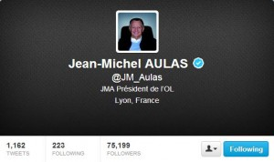 Aulas - Twitter profil communication
