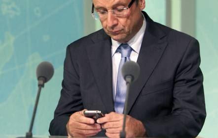 En 2014, verra-t-on un Président vraiment actif sur Twitter ? (photo AFP Patrice Coppée)
