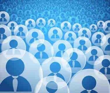 La foule exprime de plus en plus sa rage sur les réseaux