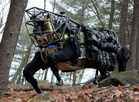 L'un des fameux robots de guerre de Boston Dynamics