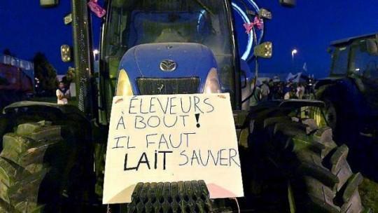 Lactalis - blocus tracteur